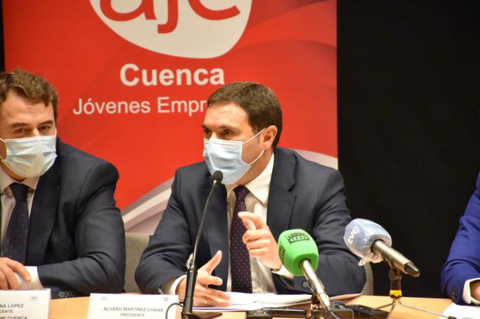 Álvaro Martínez Chana, presidente de la Diputación