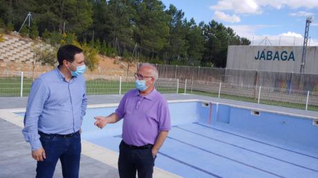 Concluyen las obras de la piscina de Jábaga
