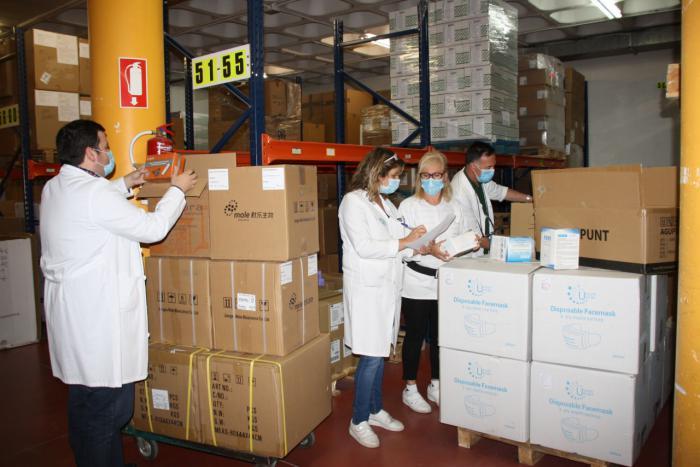 El área de Salud de Cuenca recibe otros 3.200 test rápidos, más de 43.000 artículos de protección y 350.000 guantes