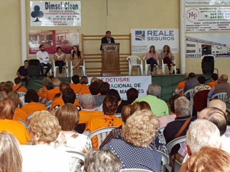 Diputación celebra el Día de los Mayores en Belmonte con más de 400 personas de toda la provincia
