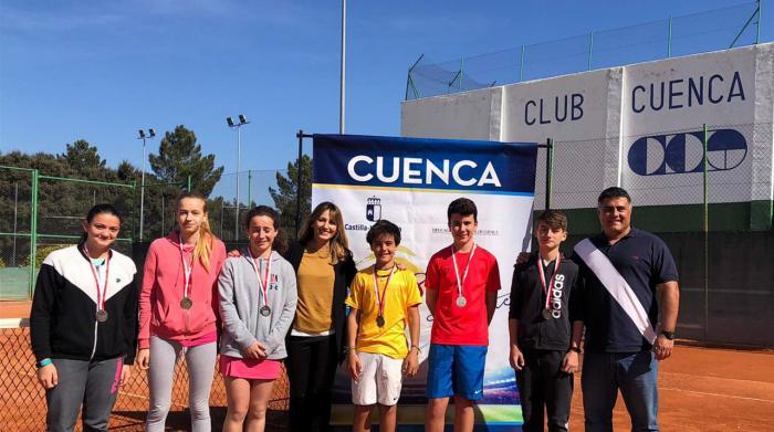 Guillermo Torres y Elena Gómez se hacen con el Campeonato Provincial de Tenis en Edad Escolar en categoría cadete