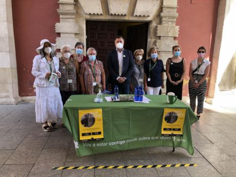 El alcalde anima a los conquenses a colaborar con la Asociación Española contra el Cáncer