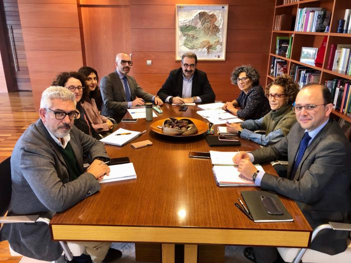 Castilla-La Mancha pone en funcionamiento un grupo de trabajo sobre infecciones cuyo conocimiento asesorará en enfermedades emergentes