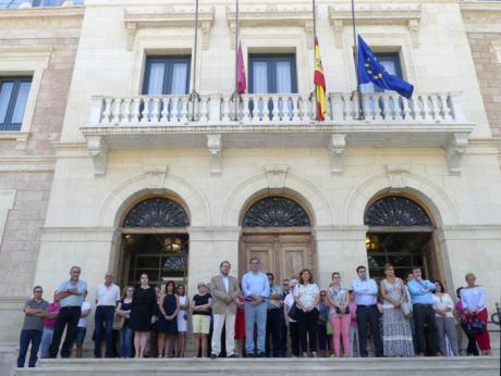 Condena unánime en Diputación de los atentados terroristas de Barcelona y Cambrils