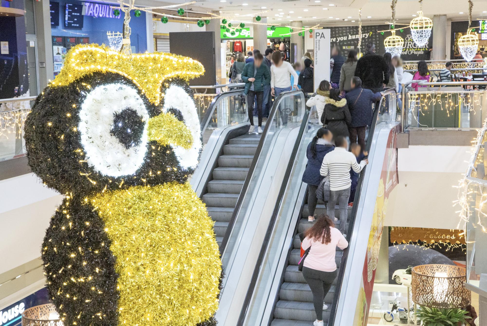El Mirador celebra la Navidad con magia, circo, cuentacuentos y juegos de realidad virtual
