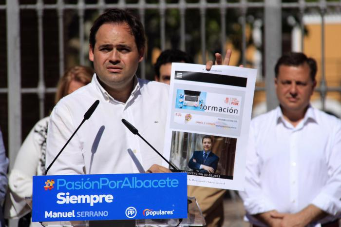 Núñez denuncia que Page se presenta a las elecciones autonómicas con el mismo programa que en 2015 porque no ha cumplido ni una sola de sus promesas