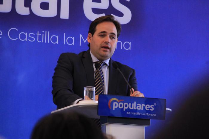 Núñez afirma en Cuenca que el PP hará en Castilla-La Mancha una campaña basada en el municipalismo