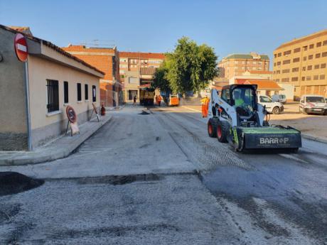 Comienzas las obras de asfaltado y acerado en la zona del Parque Ferial y la barriada de El Congo