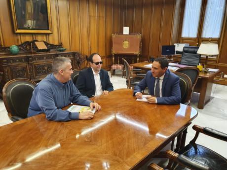 Diputación y la ONCE colaborarán para mejorar la calidad de vida de las personas con discapacidad