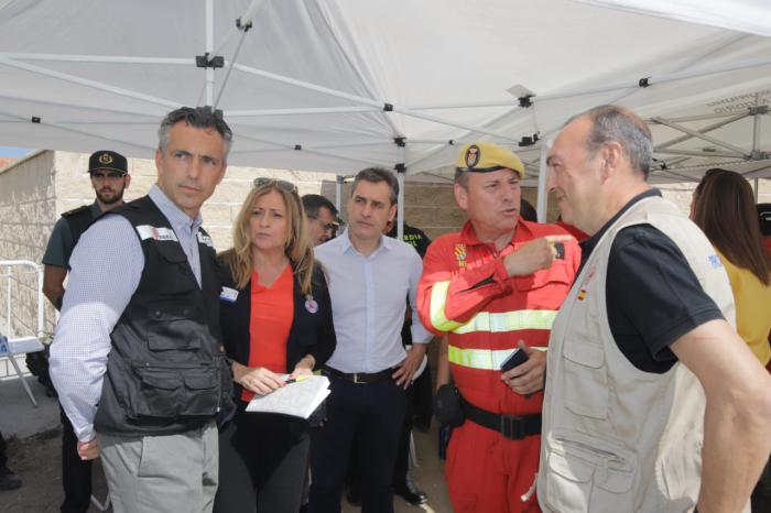 Tierraseca visita el Puesto de Mando Avanzado del incendio que afecta a las provincias de Toledo y Madrid