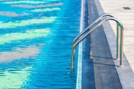 Diputación ayudará a 121 piscinas municipales en el control de la legionelosis y las plagas