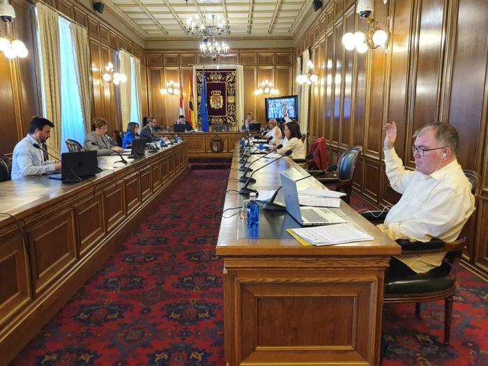 La Diputación aprueba el convenio para que los bomberos del Ayuntamiento de Cuenca presten su servicio a 107 poblaciones