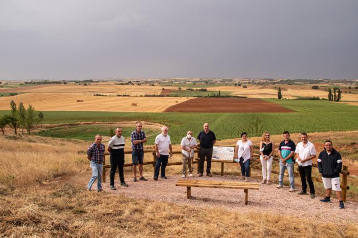 La Diputación de Cuenca inaugura el sendero del pozo Airón que se encuentra entre La Almarcha y Castillo de Garcimuñoz