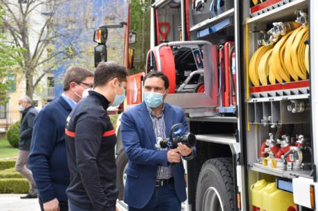 El parque de bomberos de Motilla estrena nuevo camión