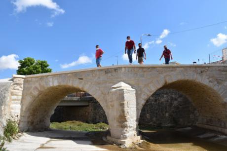 Finalizan las obras de rehabilitación del puente histórico de Fuentes