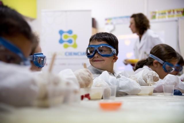 La FECYT se une al CSIC para acercar la ciencia a Mota del Cuervo