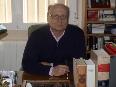 La Universidad Autónoma de México reconoce la trayectoria del catedrático de la UCLM Pedro Cerrillo