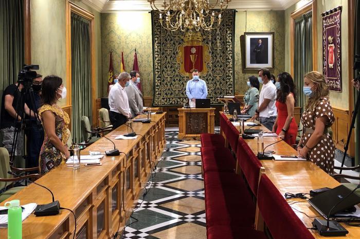 El Pleno consensúa medidas para adaptar los centros educativos a la prevención de la Covid-19