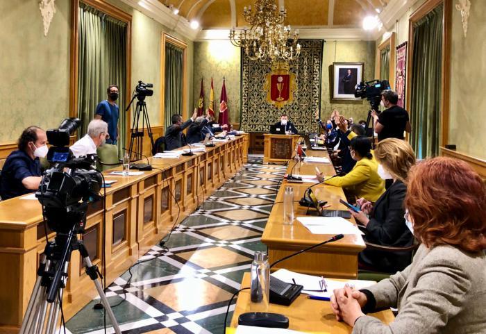 El Pleno del Ayuntamiento aprueba el convenio de bomberos con la Diputación después de una década