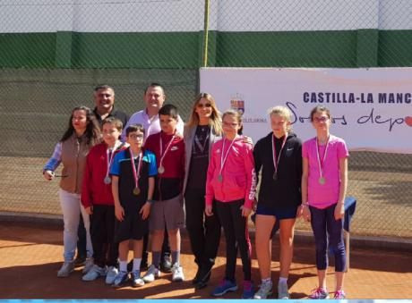 El Campeonato Provincial de Tenis en Edad Escolar concluye con los encuentros de la categoría alevín