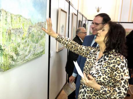 Isabel Castellanos muestra en una exposición en Diputación sus casi veinte años dedicados a la pintura