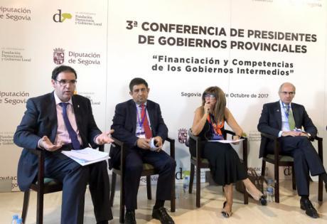 Prieto aboga en Segovia por recuperar la aportación del Estado a los Planes Provinciales de las Diputaciones
