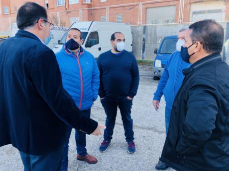 Prieto reclama a Junta y Ayuntamientos que permitan a los vendedores ambulantes trabajar y medios para poder hacerlo