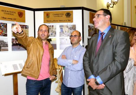 Prieto inaugura en la Diputación la exposición del Museo Itinerante de la Federación Española de Toro de Cuerda