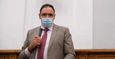 Prieto insiste en que la Junta explique por qué no resuelve la situación del Geacam y recorta los días de la campaña de incendios