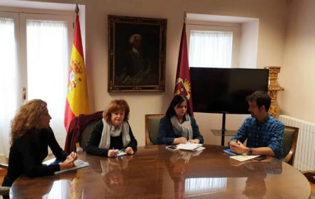 El Ayuntamiento colaborará con el Colegio Federico Muelas en el proyecto 'Comunidad de Aprendizaje'