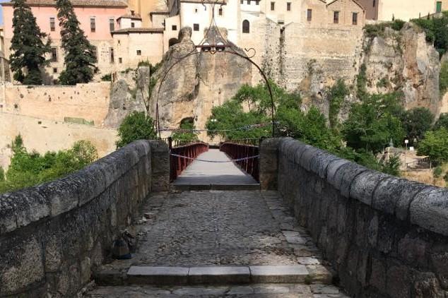 Cerrado temporalmente el Puente de San Pablo por tareas de mantenimiento