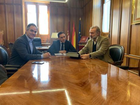 La Diputación promocionará el mundial de combate medieval de Belmonte en la próxima edición de FITUR