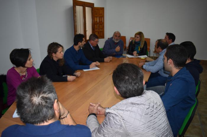 El Gobierno regional concede a San Lorenzo de la Parrilla una ayuda para la mejora del alumbrado exterior y la eficiencia energética del centro educativo