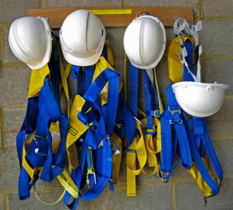 El DOCM publica ayudas destinadas a los ayuntamientos para el desarrollo de proyectos en materia de seguridad y salud laboral y ayudas para la constitución de cooperativas y sociedades laborales