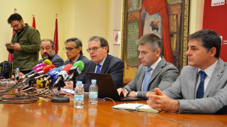 El rector apela al Gobierno regional para alcanzar los 160 millones de euros que salvarían a la UCLM del ajuste