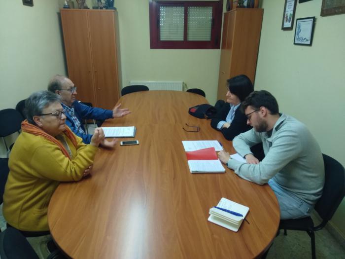 El candidato a la Alcaldía de Cuenca por IU mantuvo el martes un encuentro con la AAVV de la Fuente del Oro