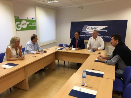 ACESANC y Benjamín Prieto analizan la situación económica de la comarca