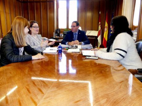 Diputación impulsará con la Red Araña el fomento del autoempleo y la creación de empresas de economía social