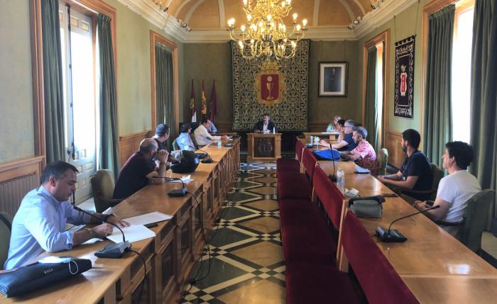 Ayuntamiento y Junta muestran su satisfacción ante la continuidad de la planta de Siemens Gamesa