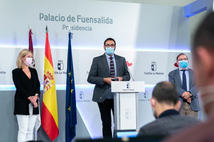 """Gutiérrez: """"El popurrí de medidas del PP supone casi 4.000 millones de euros, nueve veces más que los fondos COVID que recibirá CLM"""""""