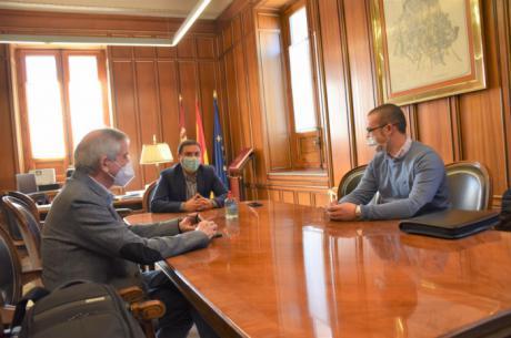 La Diputación colabora con 3.000 euros para que la Gavilla Verde de Santa Cruz de Moya pueda continuar con su labor