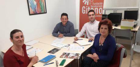 PODEMOS y la Fundación Secretariado Gitano coinciden en la apuesta por la integración de la mujer gitana en el mercado laboral