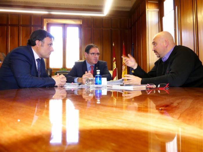 Prieto coincide con la D.O. La Mancha en el potencial del enoturismo para fortalecer a Cuenca como destino turístico