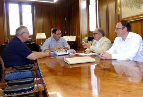 Diputación respaldará la celebración en Cuenca en 2018 del II Congreso del Colegio de Enología de Castilla-La Mancha