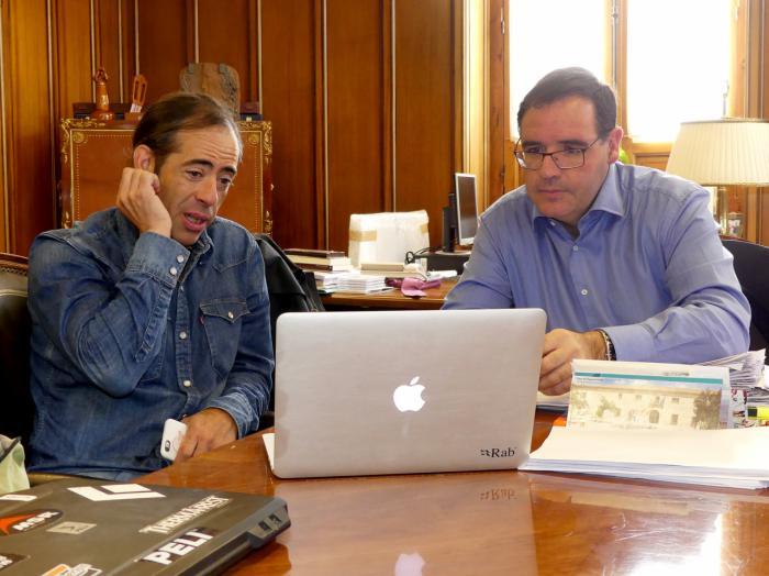 Prieto conoce de primera mano la nueva aventura del alpinista conquense Pedro Cifuentes en la Patagonia
