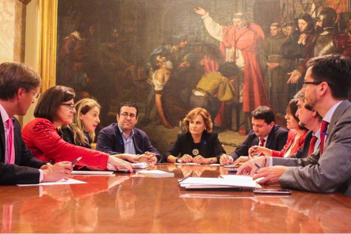 Senadores del PP de Cuenca se reúnen con la Comisionada del Gobierno de Rajoy frente al Reto Demográfico