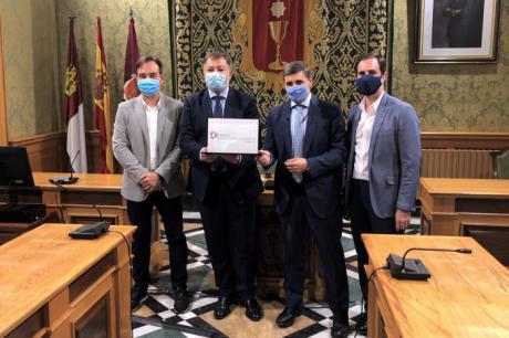 SEGITTUR entrega a Cuenca la hoja de ruta para convertirse en Destino Turístico Inteligente