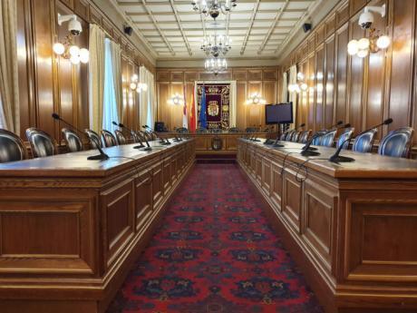 La Diputación celebrará este miércoles el primer pleno telemático de su historia