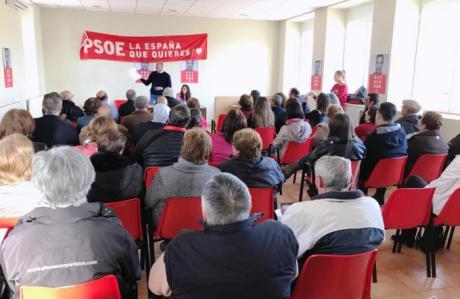 Sahuquillo pide a los jóvenes que se movilicen para 'pararle los pies a la derecha'