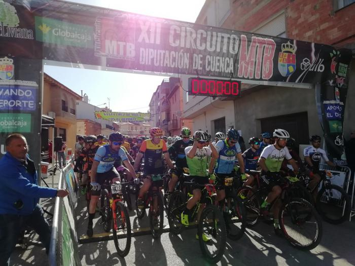 Xavier Calaf y Carla Fernández vencen en Santa Cruz de Moya en el estreno del XII Circuito MTB Diputación de Cuenca